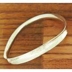 Ondulado Polished Silver Bangle
