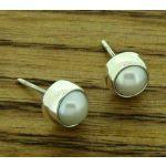 6mm Pearl Silver Stud Earring