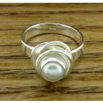 Pearl Twist Silver Ring