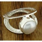 Centrical Pearl Silver Ring