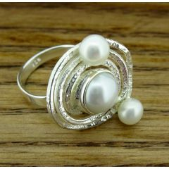 Unusual Pearl Silver Ring