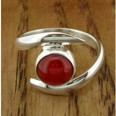 Coral Twist Silver Ring