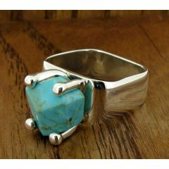 Turquoise Reina Silver Ring