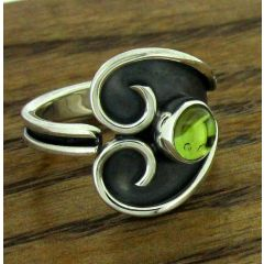 Peridot Wind Ring