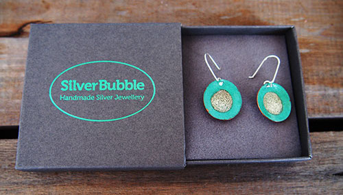 Silver Bubble Packaging for Shipping